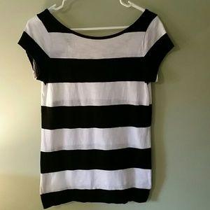 Tops - GAP striped short sleeve top